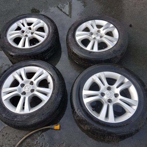Vauxhall Corsa 15 Inch Alloy Wheels